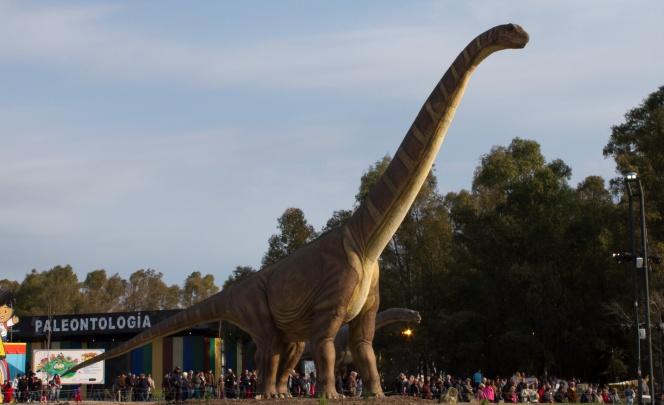 Uno de los dinosaurios animatrónicos de Tecnópolis representaba un Futalonkosaurus.